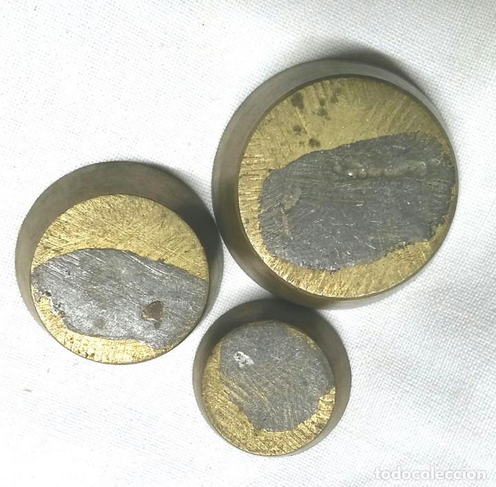 Antigüedades: 3 ponderales de vaso - Foto 2 - 195178778