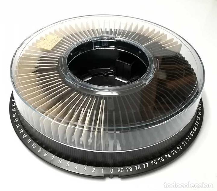 Antigüedades: Carrusel cargador circular para 80 diapositivas + 55 diapositivas de tema dentista - Foto 2 - 195225941
