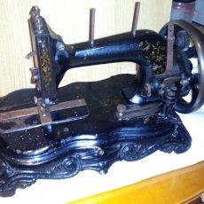 Antigüedades: ANTIGUA MQUINA DE COSER MACHINE N°2 , FUNCIONA.. Lote 195231062