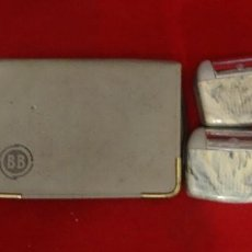 Antigüedades: 3 ANTIGUAS MAQUINAS DE AFEITAR 2 BB + 1 KOMET. Lote 195236875