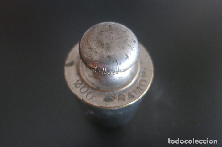 PESA DE 200 GRAMOS DE ACERO MARCA J COBOS (Antigüedades - Técnicas - Medidas de Peso Antiguas - Otras)