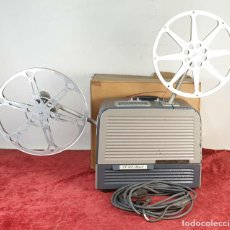 Antigüedades: PROYECTOR DE CINE BELL AND HOWELL. 16 MM. CAJAS ORIGINALES. INGLATERRA. 1950.. Lote 195271132