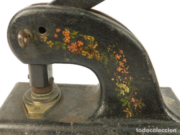 Antigüedades: GRAN SELLO SECO AÑO 1900 - Foto 4 - 195308402