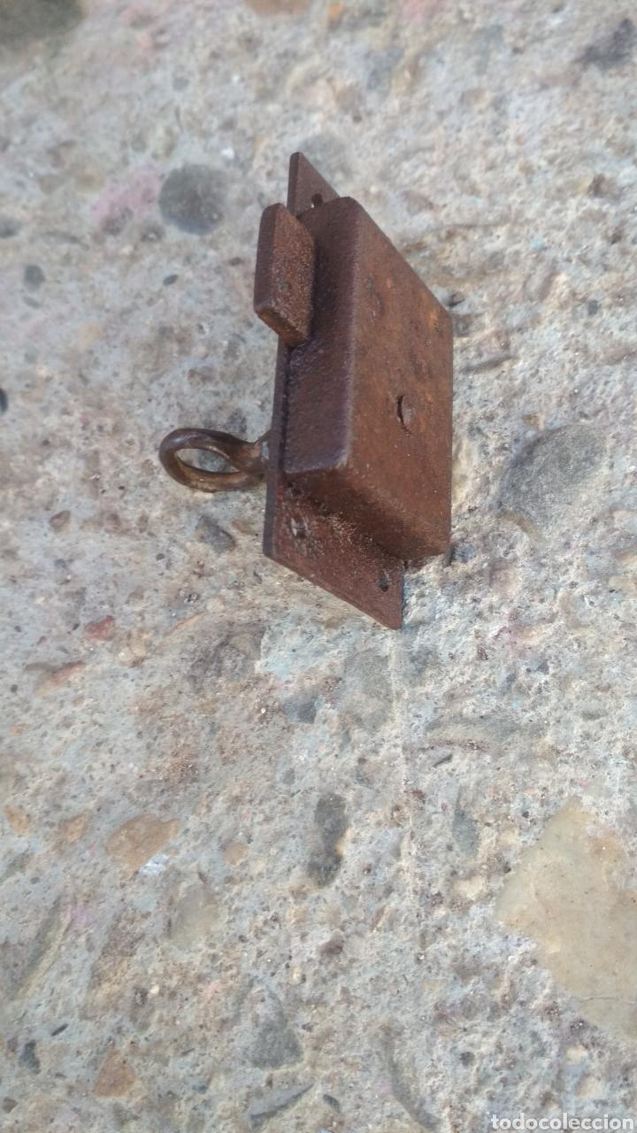 Antigüedades: Antigua cerradura de arca o cofre. - Foto 2 - 195330487