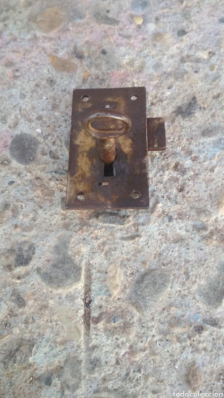 ANTIGUA CERRADURA DE ARCA O COFRE. (Antigüedades - Técnicas - Cerrajería y Forja - Cerraduras Antiguas)