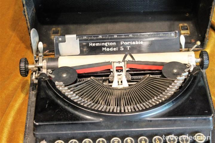 Antigüedades: Máquina de escribir Remington Portable 5T, funciona,completa y con maletín original - Foto 2 - 195331478