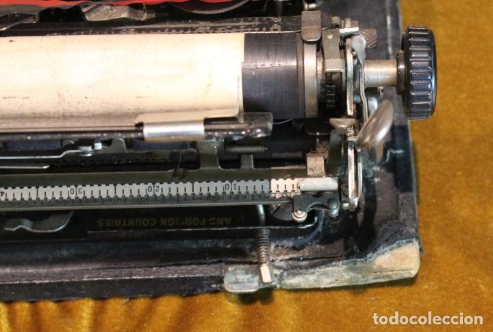 Antigüedades: Máquina de escribir Remington Portable 5T, funciona,completa y con maletín original - Foto 6 - 195331478