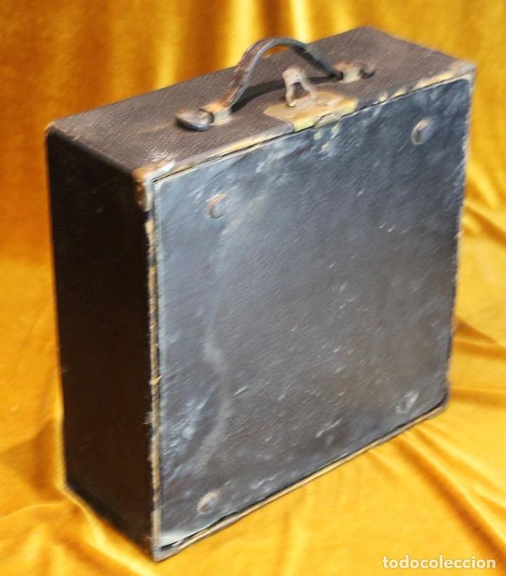 Antigüedades: Máquina de escribir Remington Portable 5T, funciona,completa y con maletín original - Foto 9 - 195331478