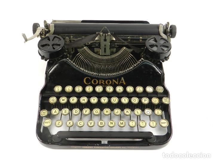 Antigüedades: MAQUINA DE ESCRIBIR CORONA Nº4 AÑO 1932 TYPEWRITER SCHREIBMASCHINE - Foto 2 - 195341130