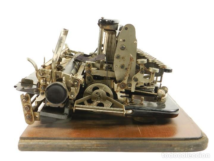 Antigüedades: MAQUINA DE ESCRIBIR IMPERIAL D AÑO 1919 TECLADO ESPAÑOL TYPEWRITER - Foto 9 - 195342165