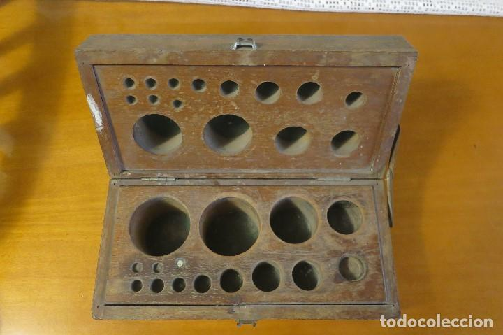 CAJA DE PESAS VACIA (Antigüedades - Técnicas - Medidas de Peso Antiguas - Otras)