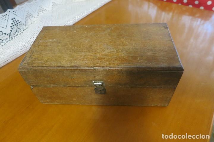 Antigüedades: caja de pesas vacia - Foto 2 - 195354526