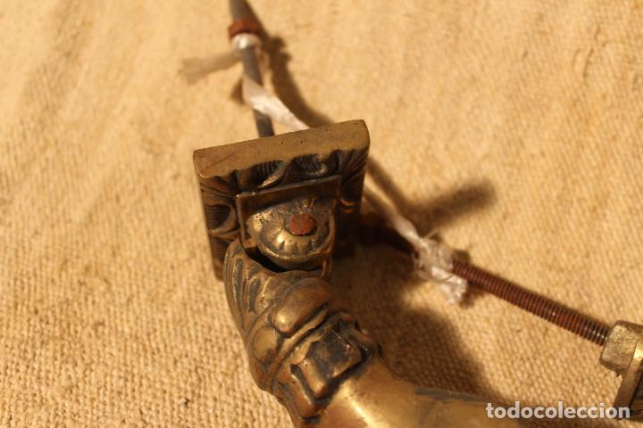 Antigüedades: tirador picaporte aldaba de bronce mano - Foto 4 - 195403761