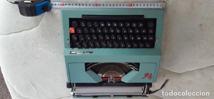 MÁQUINA ESCRIBIR MARITSA 30 AÑOS 70 (Antigüedades - Técnicas - Máquinas de Escribir Antiguas - Otras)