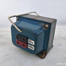 Antigüedades: TRANSFORMADOR ELEVADOR RADIO TELEVISIÓN VOLTIOS ELECTRICO CORRIENTE ELECTRICIDAD. Lote 195514155