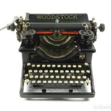 Antigüedades: MAQUINA DE ESCRIBIR WOODSTOCK Nº5 AÑO 1923 TYPEWRITER SCHREIBMASCHINE. Lote 195514680