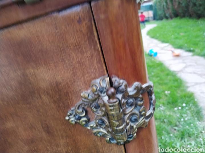 Antigüedades: Maquina de coser Refrey , con mueble precioso - Foto 26 - 195529665