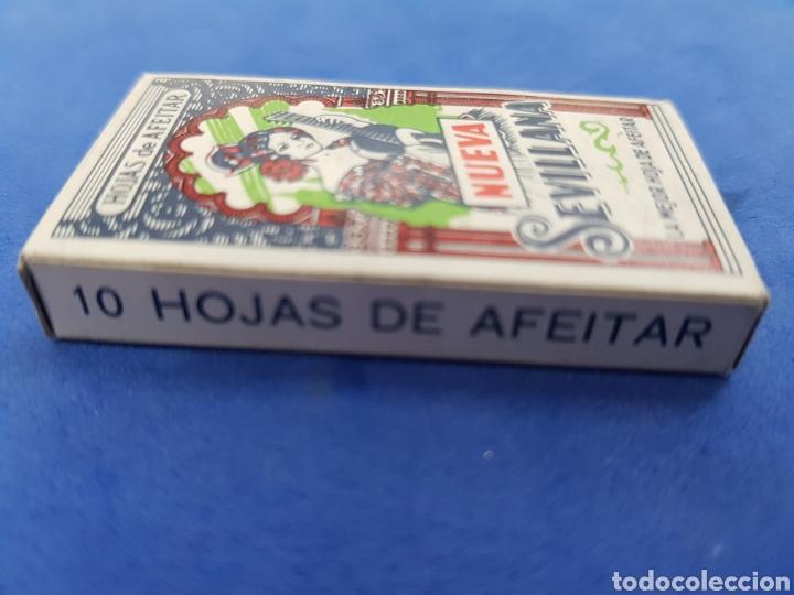 Antigüedades: Nueva Sevillana caja de 10hojas de afeitar - Foto 2 - 195537660