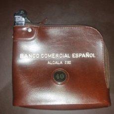 Antigüedades: BOLSA DE CUERO DEL BANCO COMERCIAL ESPAÑOL. ALCALÁ 332.. Lote 195618026