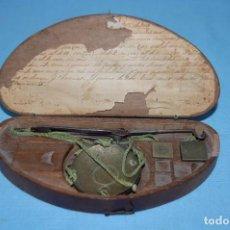 Antiguidades: ANTIGUA BALANZA ORO. Lote 195639016