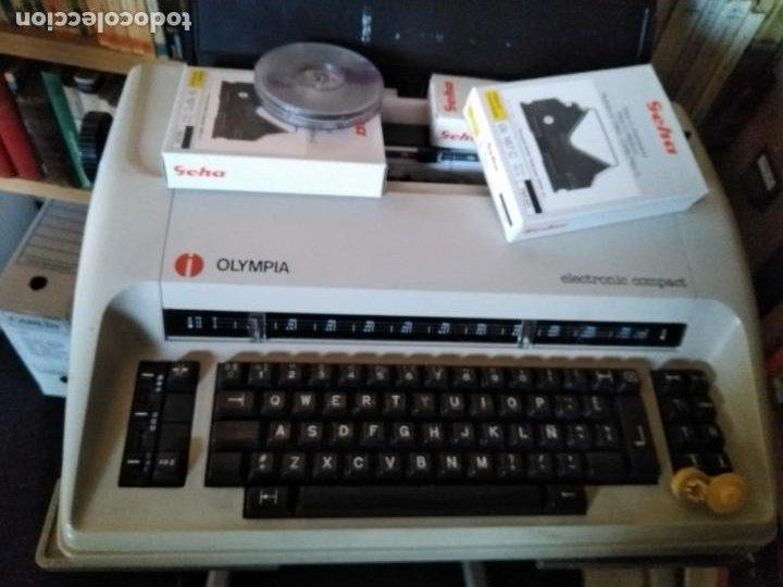 MÁQUINA DE ESCRIBIR OLYMPIA ELECTRONIC COMPACT (Antigüedades - Técnicas - Máquinas de Escribir Antiguas - Olympia)
