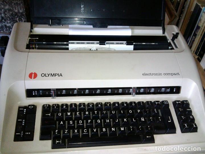 Antigüedades: Máquina de escribir OLYMPIA ELECTRONIC COMPACT - Foto 3 - 195662138