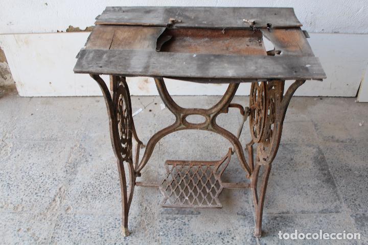 pie de maquina de coser antiguo singer - Comprar Máquinas