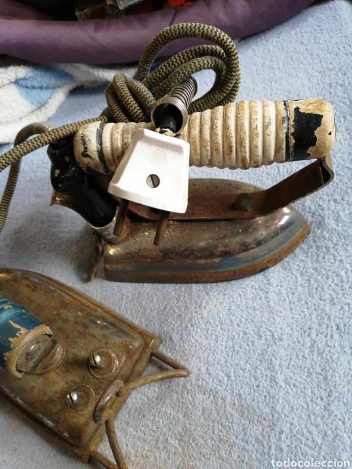 Antigüedades: Lote planchas antiguas eléctricas - Foto 3 - 196038527