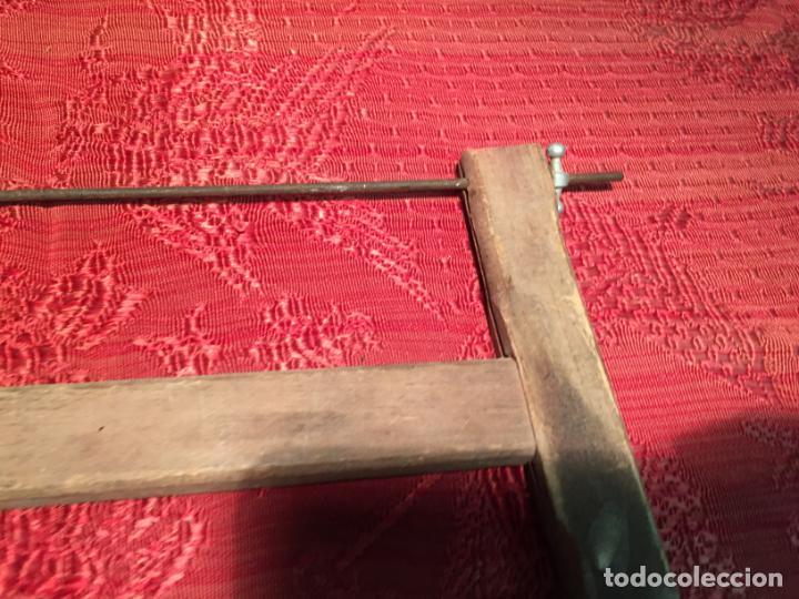 Antigüedades: Antigua sierra / serrucho de arco de madera años finales siglo XIX - Foto 4 - 196131495