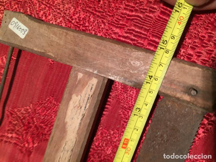 Antigüedades: Antigua sierra / serrucho de arco de madera años finales siglo XIX - Foto 9 - 196131495