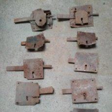 Antigüedades: LOTE 10 CERRAJAS HIERRO FORJA ANTIGUAS. Lote 196752423