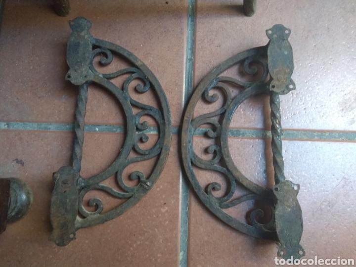 Antigüedades: Pareja de Tiradores de Forja - Gran Tamaño - Raros - - Foto 10 - 196799805