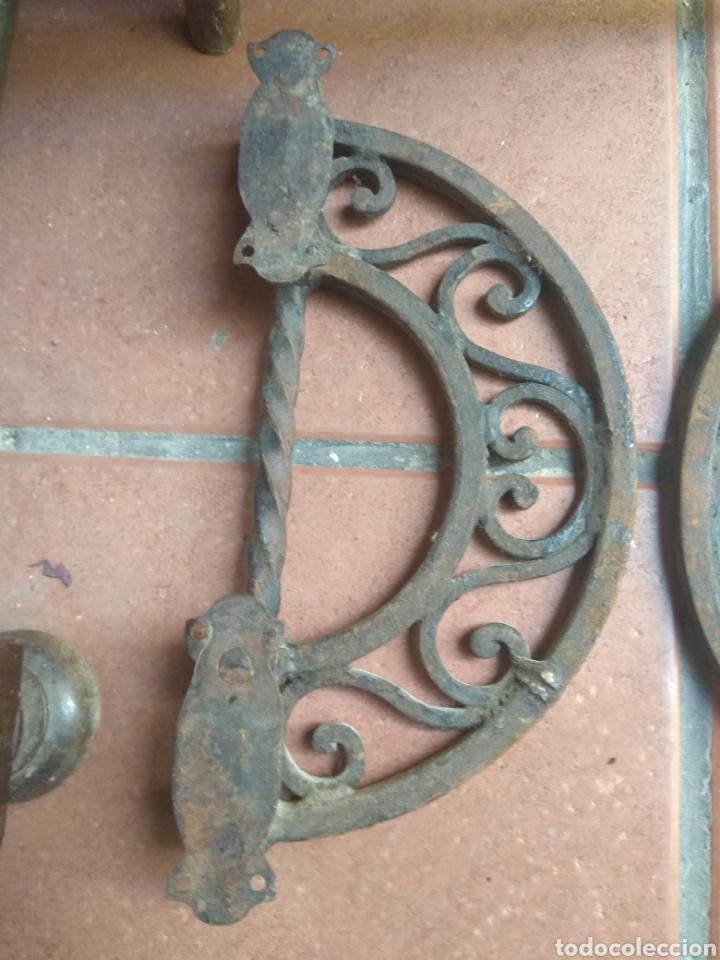 Antigüedades: Pareja de Tiradores de Forja - Gran Tamaño - Raros - - Foto 12 - 196799805