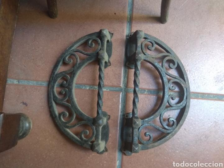 PAREJA DE TIRADORES DE FORJA - GRAN TAMAÑO - RAROS - (Antigüedades - Técnicas - Cerrajería y Forja - Tiradores Antiguos)