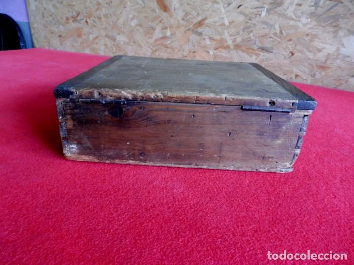 Antigüedades: ANTIGUA CAJA DE MADERA PARA ALMACENAJE DE CLAVOS O TORNILLOS - Foto 9 - 196960086