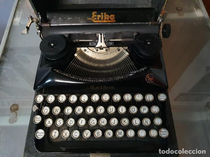 MÁQUINA DE ESCRIBIR ERIKA FUNCIONANDO CON CAJA (Antigüedades - Técnicas - Máquinas de Escribir Antiguas - Erika)