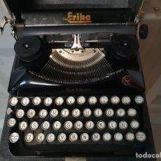 Antigüedades: MÁQUINA DE ESCRIBIR ERIKA FUNCIONANDO CON CAJA. Lote 196992612