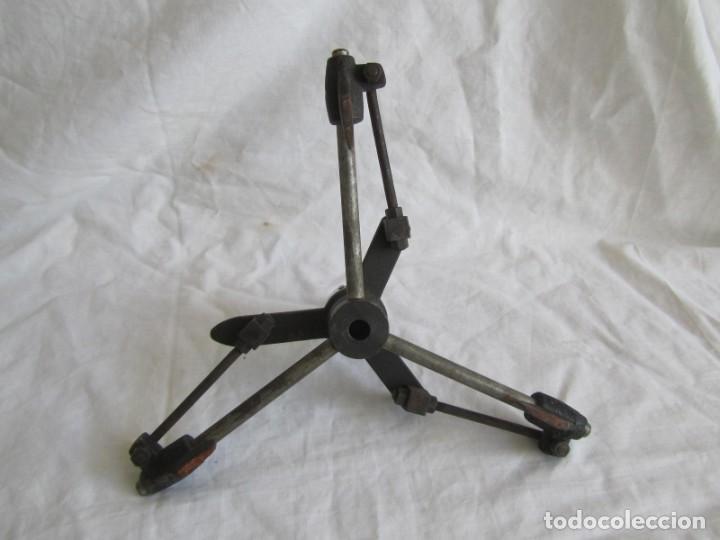 Antigüedades: Herramienta de hierro centrador Ralo Patentado - Foto 16 - 197097202