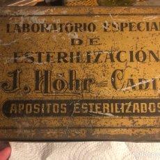 Antigüedades: RARA CAJA METÁLICA ANTIGUA DE ESTERILIZACIÓN DE APOSITOS. Lote 197240803
