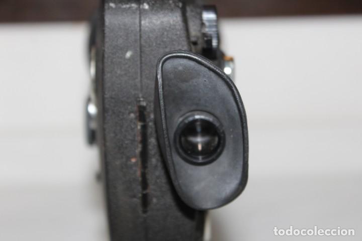 Antigüedades: ANTIGUA CAMARA TOMAVISTAS FUJICA SINGLE 8 Z 450 CON CAJA ORIGINAL FUJICA - Foto 8 - 197253196