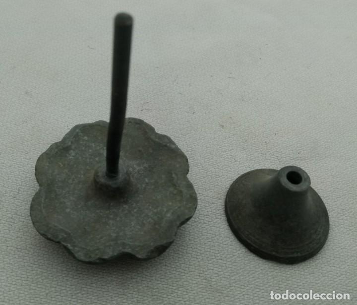Antigüedades: TIRADOR DE MUEBLE EN CALAMINA, FINALES XIX PRINCIPIOS DEL XX - Foto 5 - 197373417