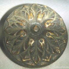 Antigüedades: TIRADOR DE MUEBLE EN BRONCE , FINALES XIX PRINCIPIOS DEL XX. Lote 197373757