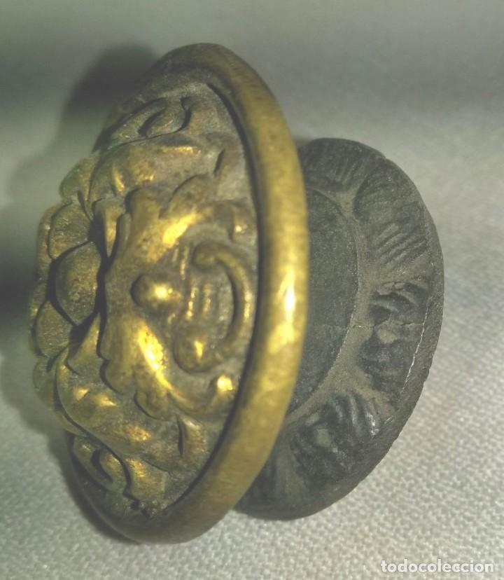 Antigüedades: TIRADOR DE MUEBLE EN BRONCE , FINALES XIX PRINCIPIOS DEL XX - Foto 3 - 197378840