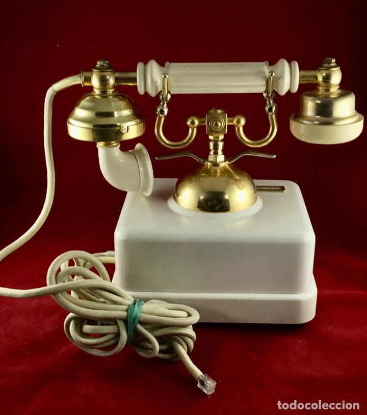 Teléfonos: Antiguo teléfono Estilo, de Elasa, para la CTNE, Telefónica. - Foto 4 - 197404420