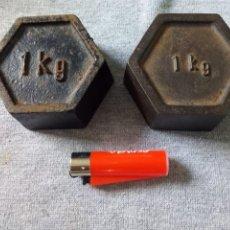 Antigüedades: PESAS DE 1 KG.HEXÁGONO.. Lote 197453128