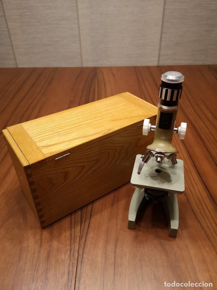 MICROSCOPIO HOC-ZOMM-50-900 (Antigüedades - Técnicas - Instrumentos Ópticos - Microscopios Antiguos)