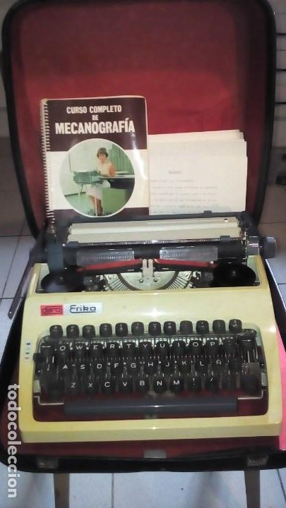 MAQUINA DE ESCRIBIR - DARO ERIKA . (Antigüedades - Técnicas - Máquinas de Escribir Antiguas - Erika)