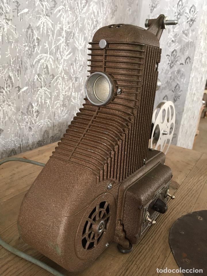 Antigüedades: PROYECTOR MODEL PC-500 FUNCIONANDO A 125V. CON MALETÍN ORIGINAL Y EN MUY BUEN ESTADO - Foto 7 - 197579115