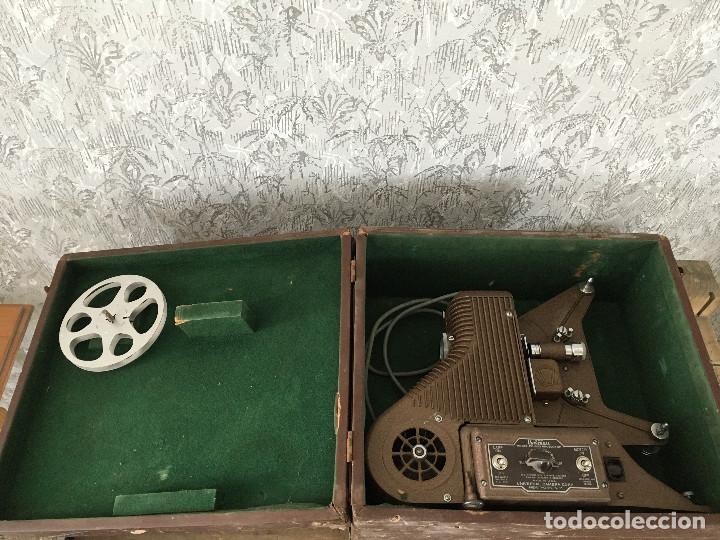 Antigüedades: PROYECTOR MODEL PC-500 FUNCIONANDO A 125V. CON MALETÍN ORIGINAL Y EN MUY BUEN ESTADO - Foto 10 - 197579115