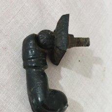 Antigüedades: LLAMADOR HIERRO FUNDIDO PEQUEÑO TAMAÑO. Lote 197596112